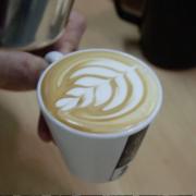 Dibuja-un-tulipan-latte-art-dash-barista-kim